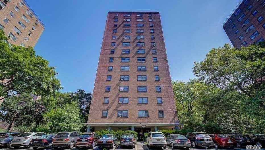 21-31 34th Ave Avenue - Photo 1