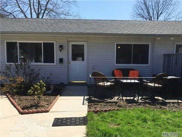 285 Feller Drive, Central Islip, NY 11722 (MLS #3277909) :: Frank Schiavone with William Raveis Real Estate