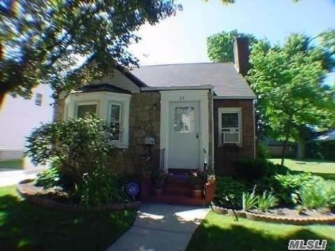 23 W Roosevelt Avenue, Roosevelt, NY 11575 (MLS #3278333) :: Nicole Burke, MBA | Charles Rutenberg Realty