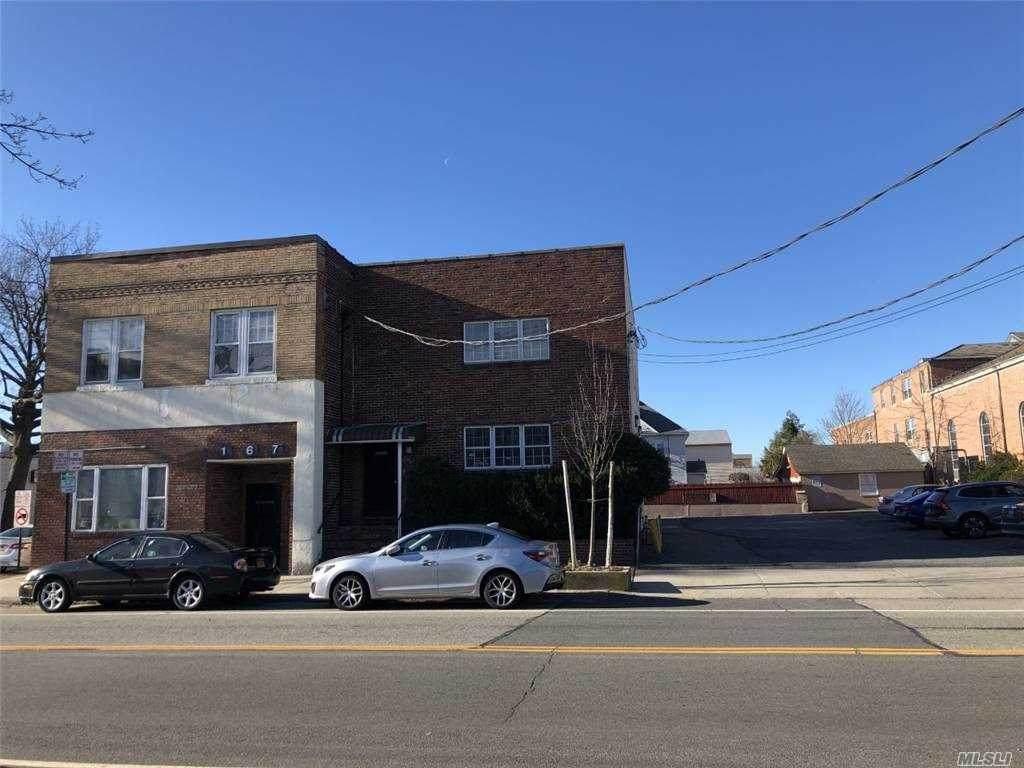 167 Willis Ave - Photo 1