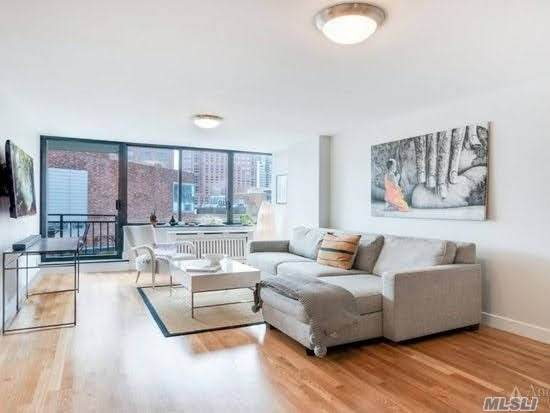 1991 Broadway 10B, New York, NY 10023 (MLS #3280236) :: Nicole Burke, MBA | Charles Rutenberg Realty