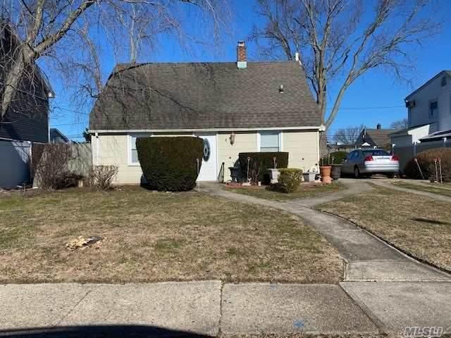 47 Tanners Ln, Levittown, NY 11756 (MLS #3280889) :: Nicole Burke, MBA | Charles Rutenberg Realty