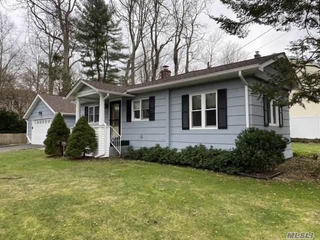 27 Chicory Ln, Huntington, NY 11743 (MLS #3281193) :: Kendall Group Real Estate   Keller Williams