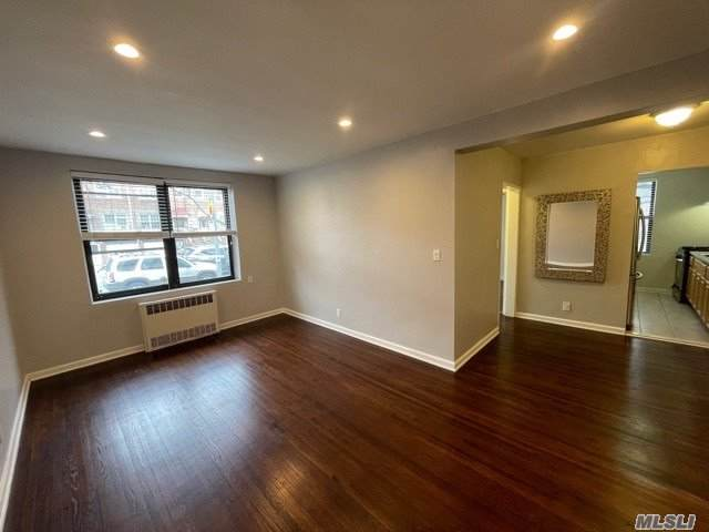 52-14 39th Avenue 1B, Woodside, NY 11377 (MLS #3281242) :: Kendall Group Real Estate | Keller Williams