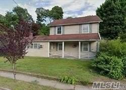 4 Edgewood Place, Great Neck, NY 11024 (MLS #3281961) :: Nicole Burke, MBA | Charles Rutenberg Realty