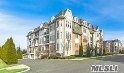 369 Trotting Lane, Westbury, NY 11590 (MLS #3282021) :: Mark Boyland Real Estate Team
