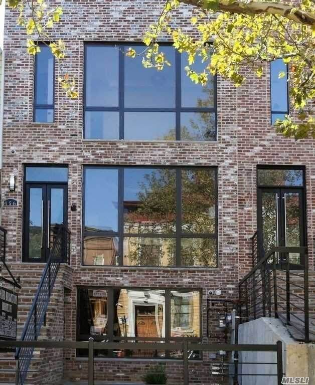 456 Decatur St, Brooklyn, NY 11233 (MLS #3282999) :: Kevin Kalyan Realty, Inc.