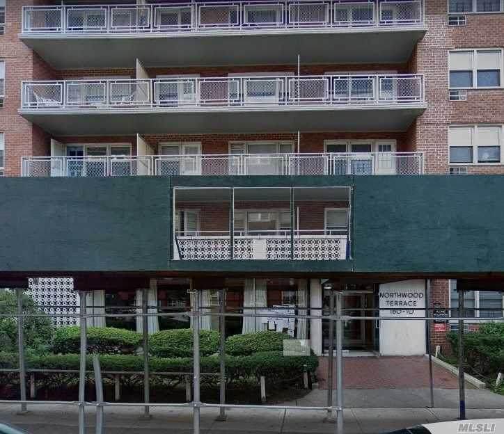 160-10 89th Avenue - Photo 1