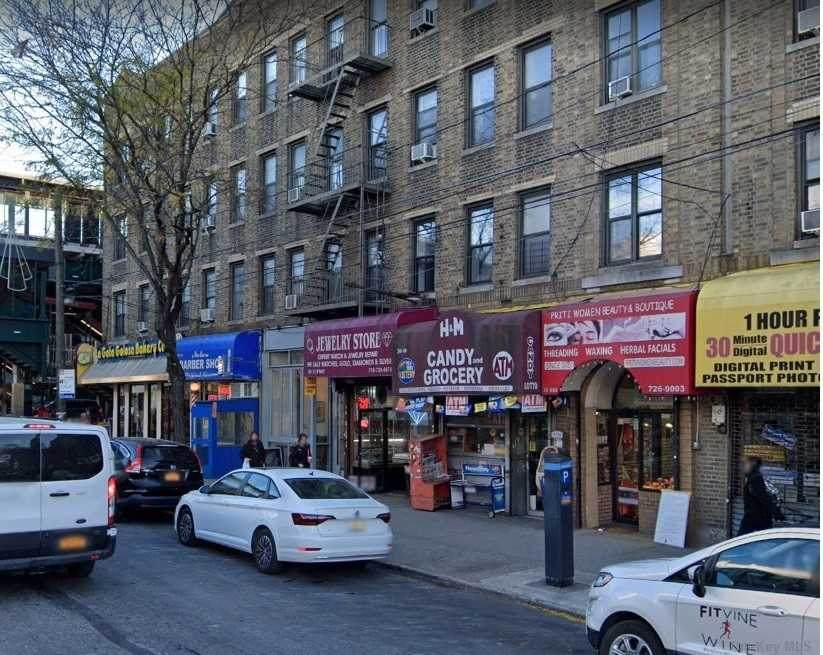 30-08A Broadway - Photo 1