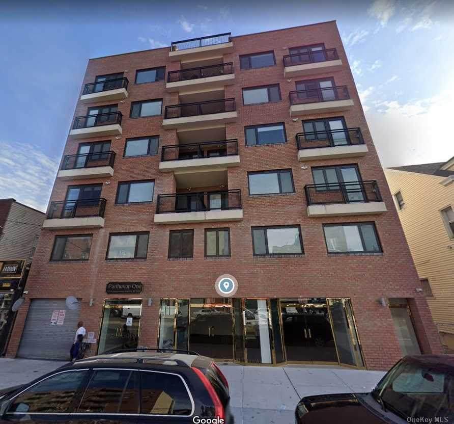 172-18 Jamaica Avenue - Photo 1