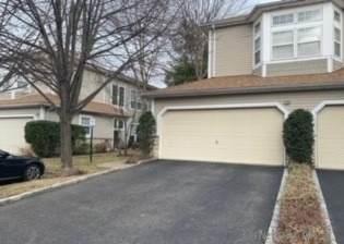 33 Sagamore Drive, Plainview, NY 11803 (MLS #3289711) :: McAteer & Will Estates | Keller Williams Real Estate