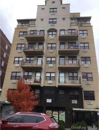 144-77 Barclay Avenue #6, Flushing, NY 11355 (MLS #3290126) :: The McGovern Caplicki Team