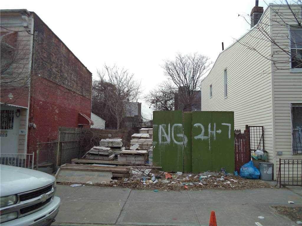 204 Schenck Avenue - Photo 1