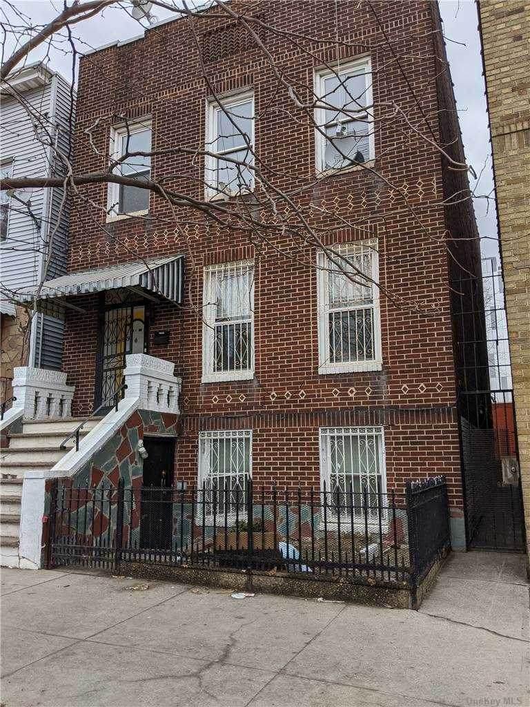 32-17 38th Avenue - Photo 1