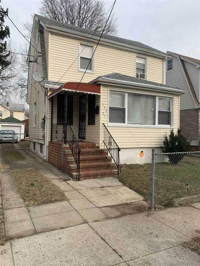 122-31 Benton Street - Photo 1