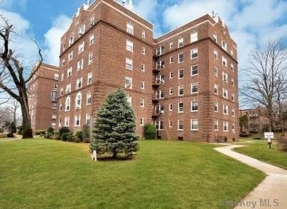 175-06 Devonshire Road 5G, Jamaica Estates, NY 11432 (MLS #3291686) :: Howard Hanna Rand Realty