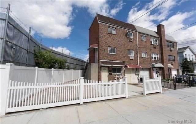 94-15 97th Street, Ozone Park, NY 11416 (MLS #3291942) :: McAteer & Will Estates | Keller Williams Real Estate