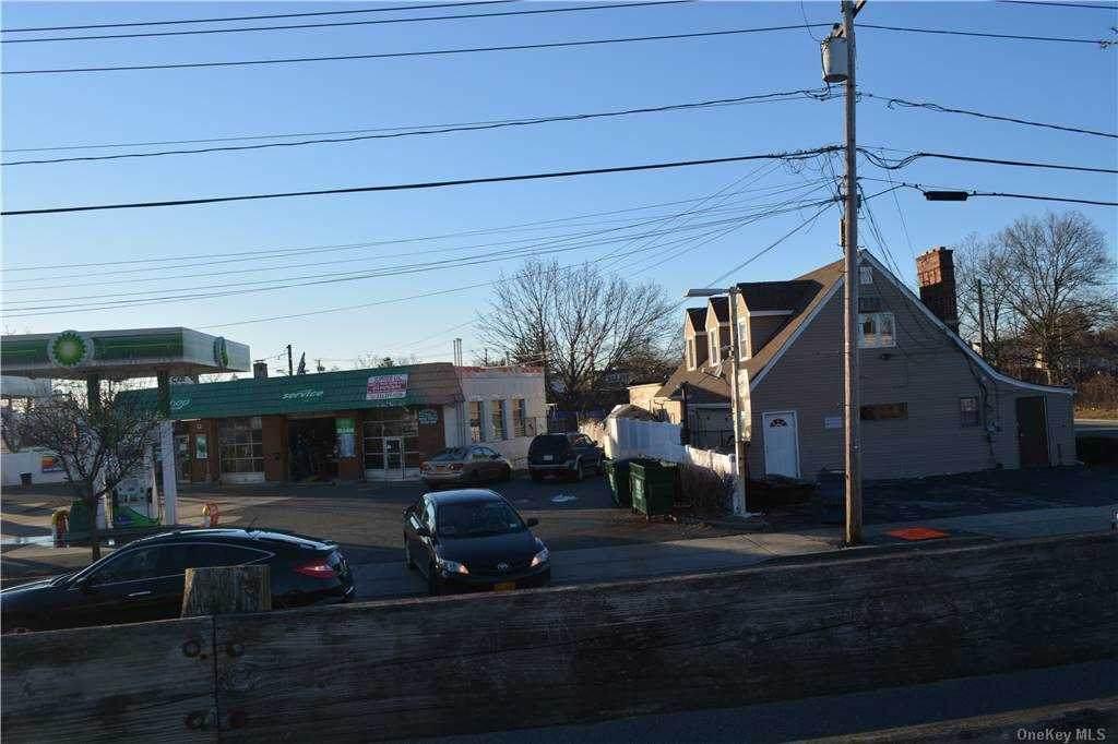 1009 Fulton Street - Photo 1