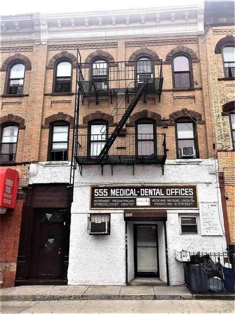 555 Wilson Avenue - Photo 1