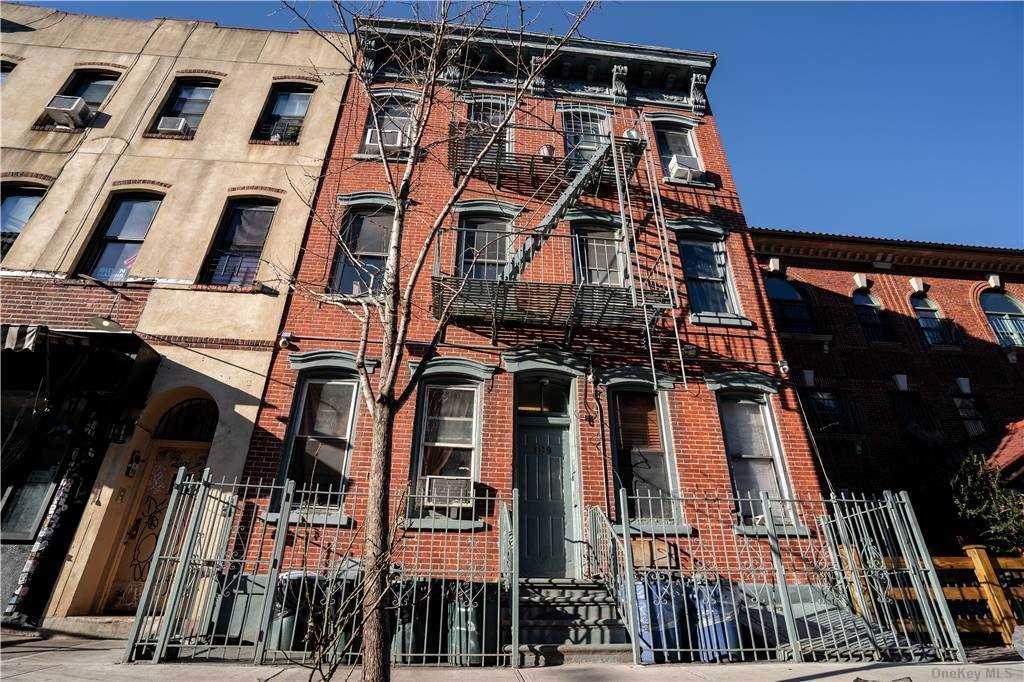 199 Meserole Street - Photo 1
