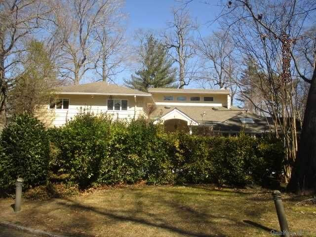 19 Fir Drive, Great Neck, NY 11024 (MLS #3293574) :: Signature Premier Properties