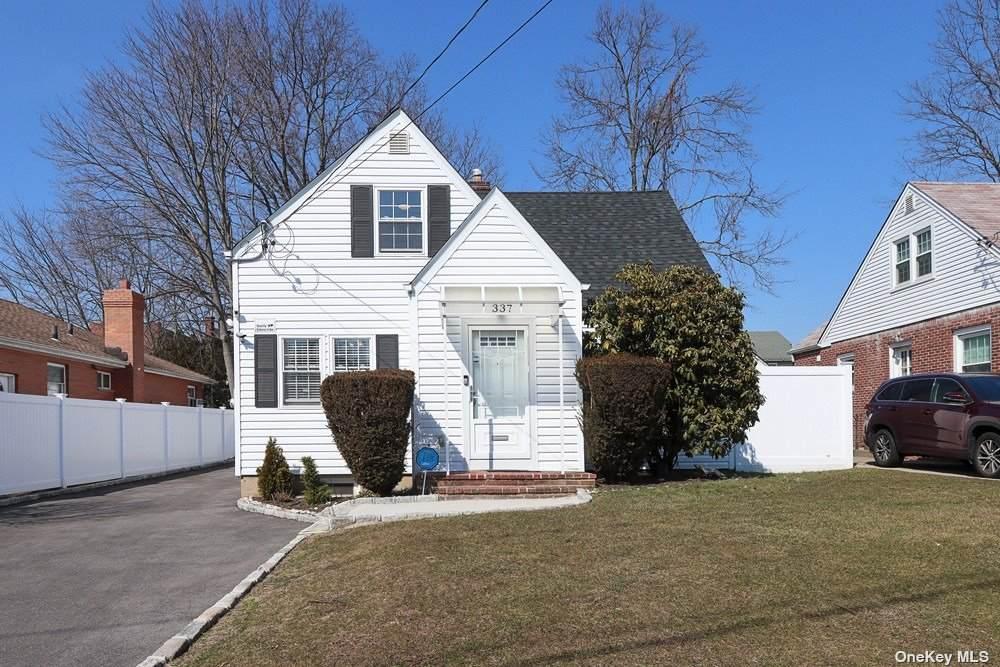 337 Dover Street - Photo 1