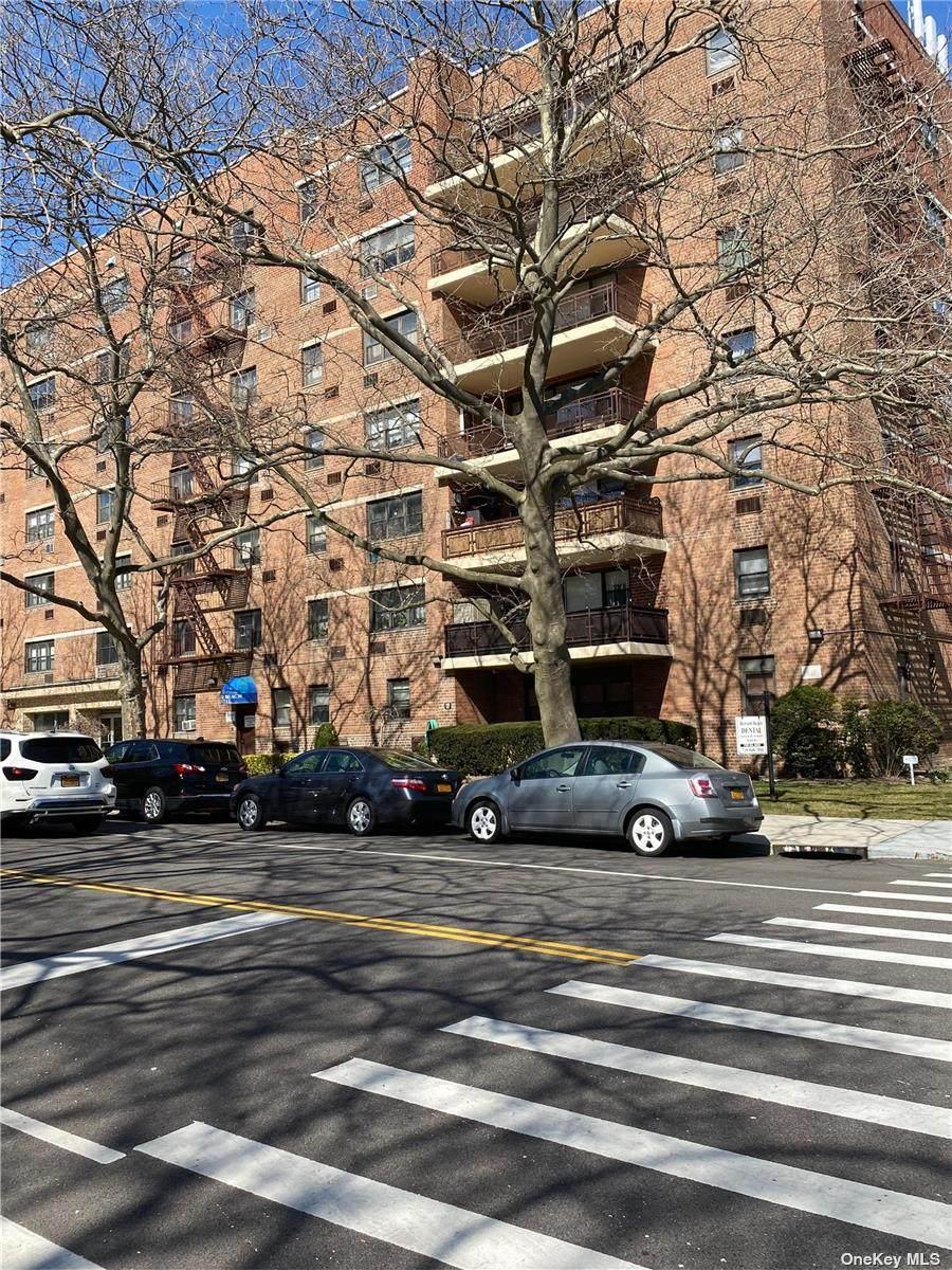 153-25 88th Street - Photo 1