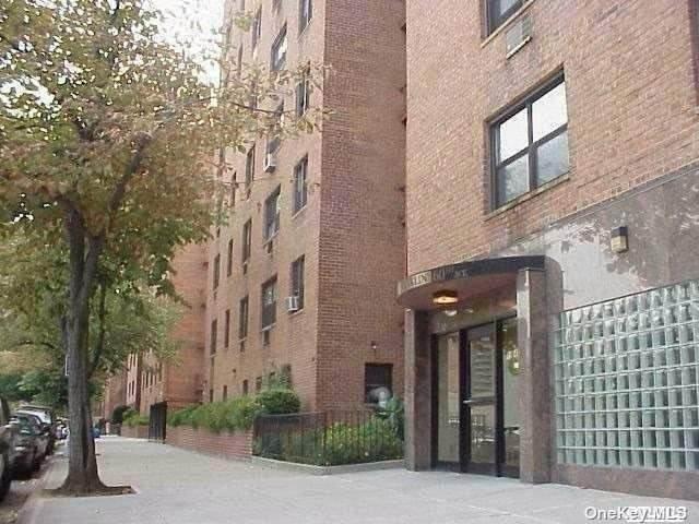 99-25 60th Avenue 2G, Corona, NY 11368 (MLS #3297730) :: Shalini Schetty Team