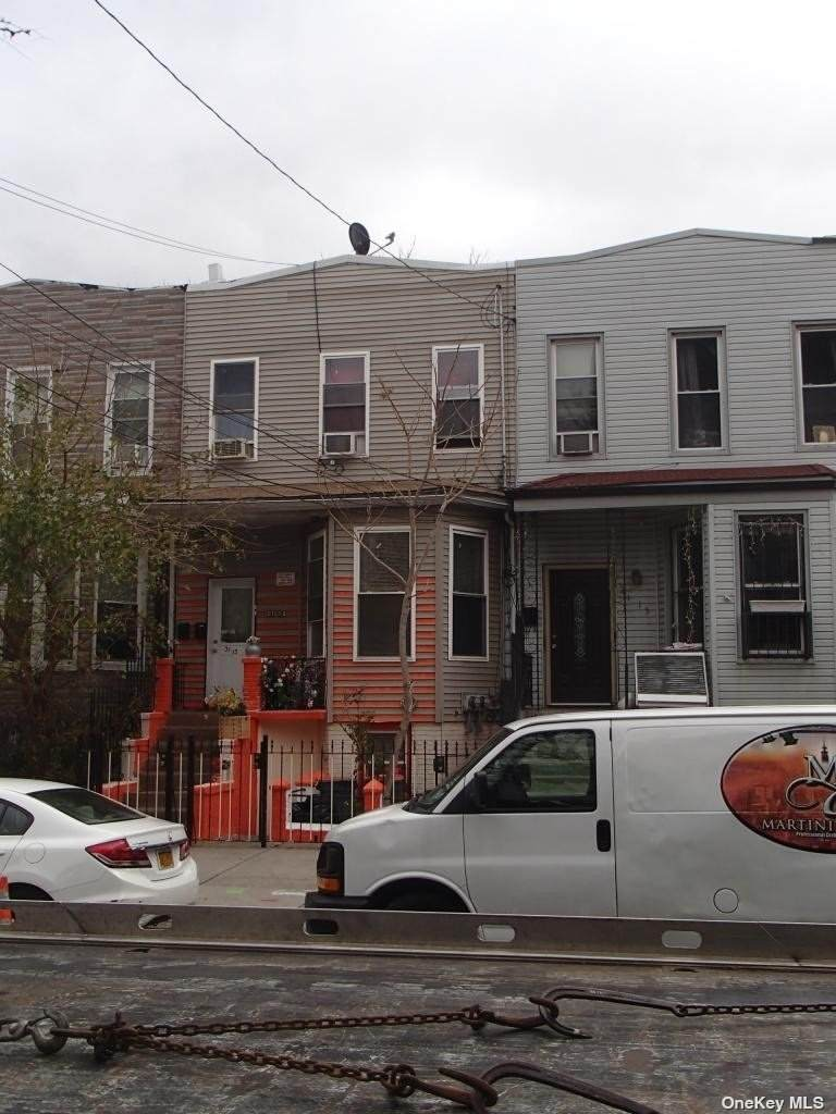 31-13 12th Street - Photo 1
