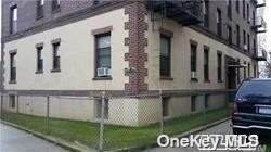 160-10 Sanford Avenue - Photo 1