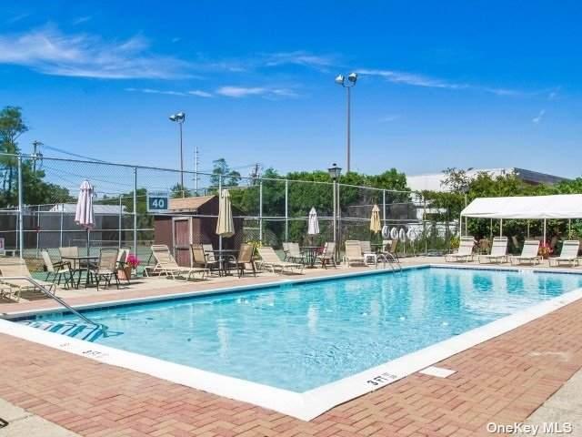 199 E Cambridge Drive #199, Copiague, NY 11726 (MLS #3299112) :: Signature Premier Properties