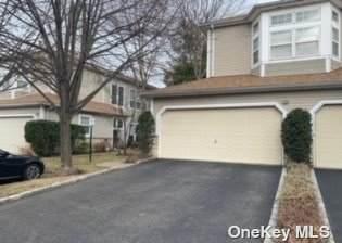 33 Sagamore Drive, Plainview, NY 11803 (MLS #3300098) :: Barbara Carter Team