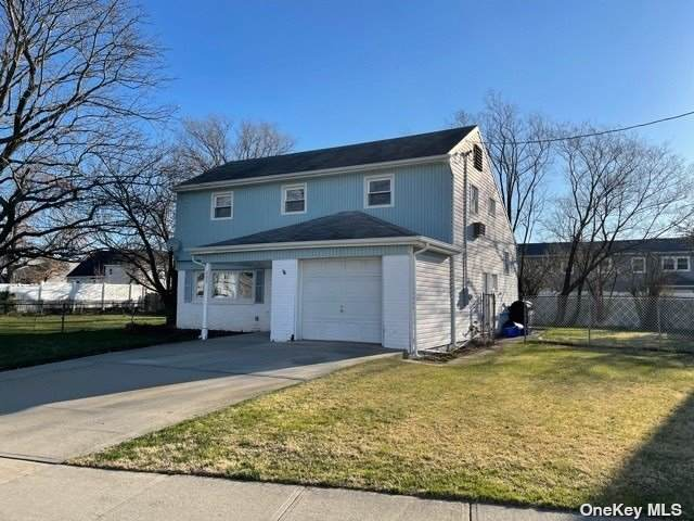 603 S Bayview Avenue, Freeport, NY 11520 (MLS #3301735) :: Kendall Group Real Estate | Keller Williams