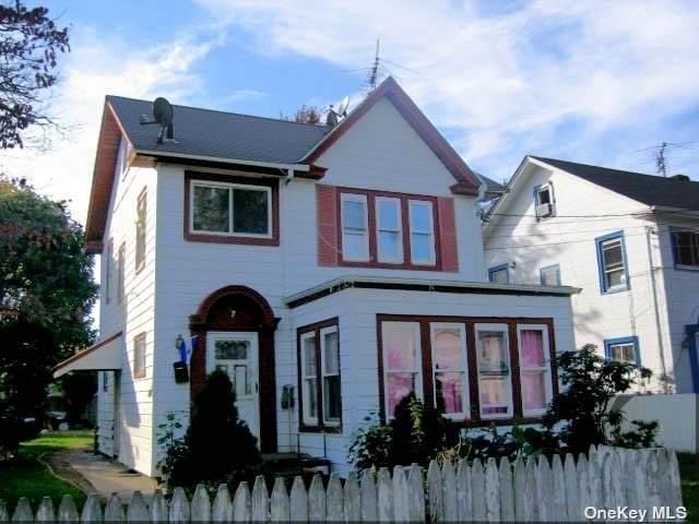 7 Washington, Hempstead, NY 11550 (MLS #3303090) :: Signature Premier Properties