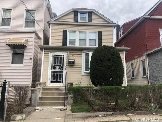 22 S 11th Avenue, Mount Vernon, NY 10550 (MLS #3304555) :: Frank Schiavone with William Raveis Real Estate