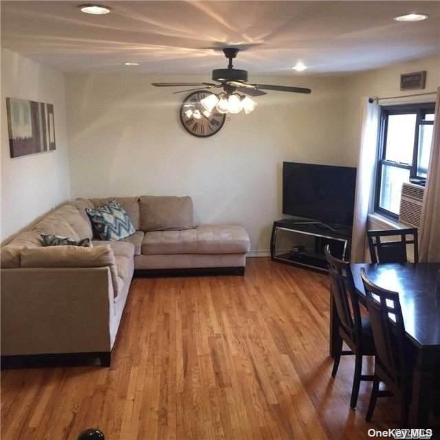 74-73 220 #2, Bayside, NY 11364 (MLS #3304949) :: RE/MAX RoNIN