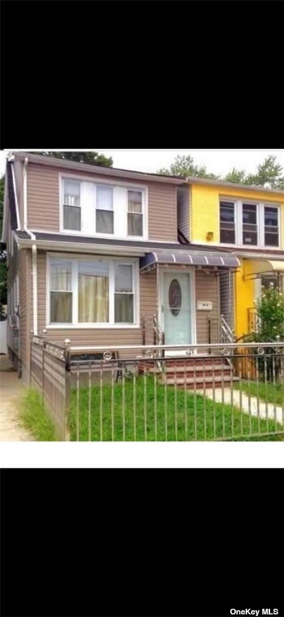 109-24 126th Street, S. Ozone Park, NY 11420 (MLS #3305338) :: Signature Premier Properties