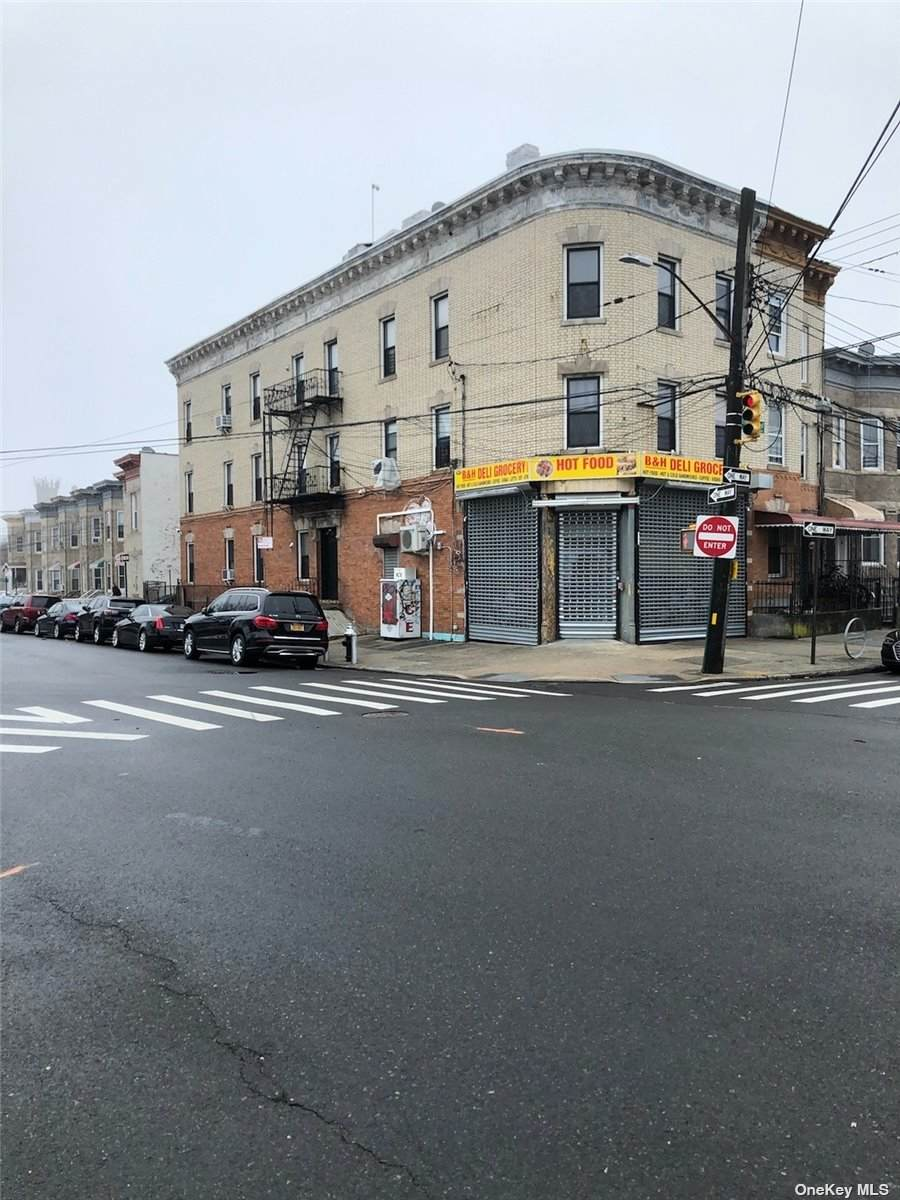 600 Ridgewood Avenue - Photo 1