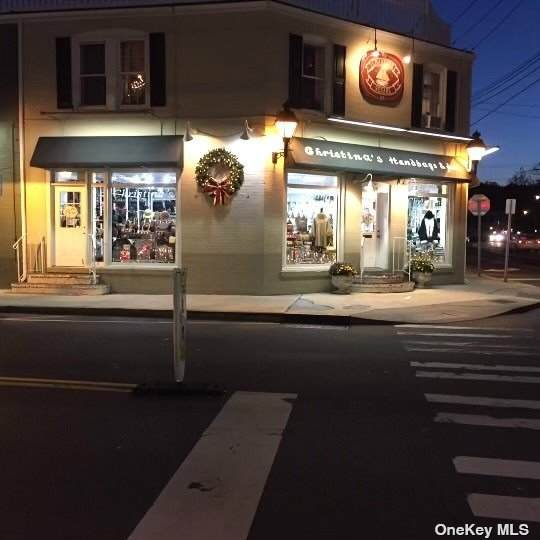 98 Main Street - Photo 1