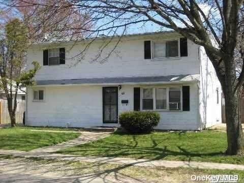 42 Somerset Road, Amityville, NY 11701 (MLS #3309091) :: Corcoran Baer & McIntosh