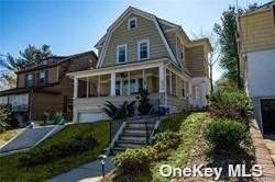 350 Grosvenor Street, Douglaston, NY 11363 (MLS #3309852) :: Cronin & Company Real Estate