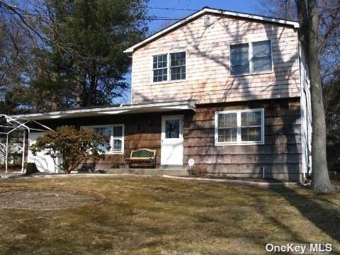 128 Kings Drive, Riverhead, NY 11901 (MLS #3310223) :: Signature Premier Properties
