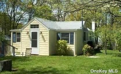 51 Highview Avenue, Selden, NY 11784 (MLS #3310435) :: Mark Boyland Real Estate Team