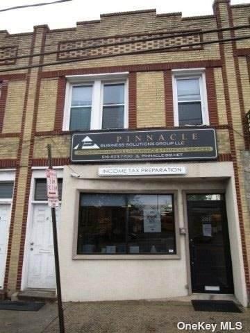 286 N Main Street, Freeport, NY 11520 (MLS #3310464) :: Mark Boyland Real Estate Team