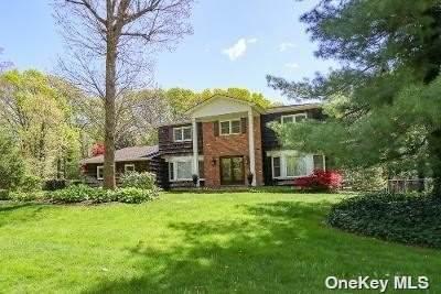 33 Hemingway Drive, Dix Hills, NY 11746 (MLS #3310625) :: Signature Premier Properties