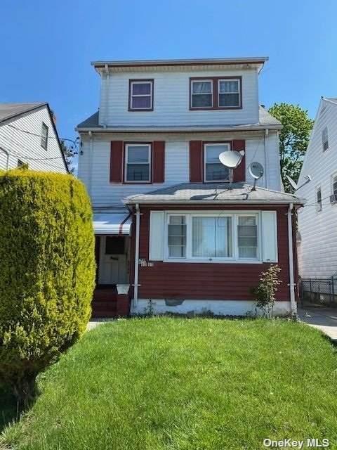 89-65 216 Street, Queens Village, NY 11427 (MLS #3311540) :: Mark Seiden Real Estate Team