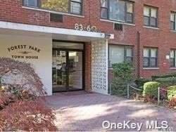 83-60 118 St 5H, Kew Gardens, NY 11415 (MLS #3313834) :: Cronin & Company Real Estate