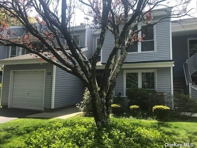 112 Hampton Vista Drive, Manorville, NY 11949 (MLS #3314582) :: Barbara Carter Team