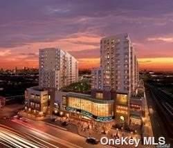 40-26 College Point Boulevard 16 M, Flushing, NY 11354 (MLS #3316784) :: Shalini Schetty Team