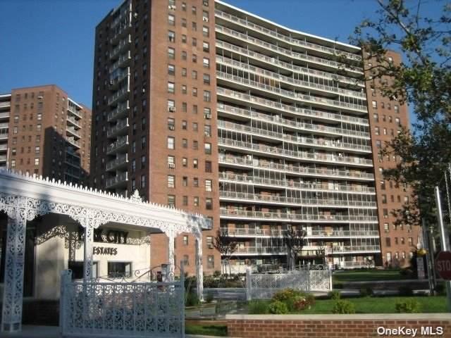 61-55 98 Street 5C, Rego Park, NY 11374 (MLS #3316962) :: RE/MAX RoNIN